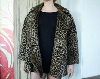 Vintage Faux Fur Leopard Print Cropped Peacoat Jacket