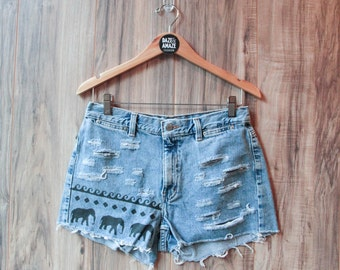 High waist vintage denim shorts Size 8 | Ripped distressed shorts | Elephant animal safari aztec painted denim | Festival bohemian shorts |