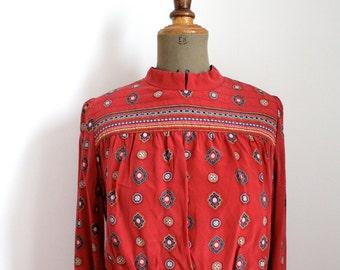 Vintage geometric print red DRESS // 80's ethnic dress // Silk dress // Pleated dress