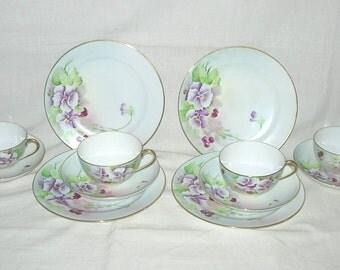 12-pc Meito Porcelain 4 Each Cup-Saucer-Dessert Plate Handpainted Pansy Flowers in Mauve-Violet-Purple w/Gilt Trim Japan