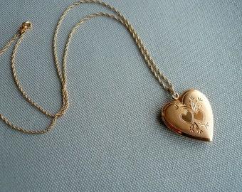 30% OFF Vintage Gold Heart Engraved Locket Pendant Necklace - Marked 1/20 12k GF Gold Filled - Locket Gift for Her