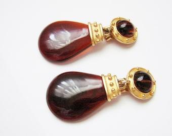 80s Vintage Amber Lucite Dangle Clip Earrings / Drop Earrings / Pendant Earrings / Chunky / Statement / Runway / Jewelry / Jewellery