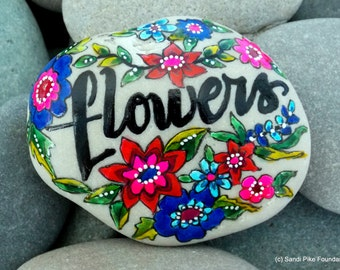 flowers / painted stones / painted rocks / rock art / paperweights / wildflowers / coffee table art / art on stone / Cape Cod / sea stones