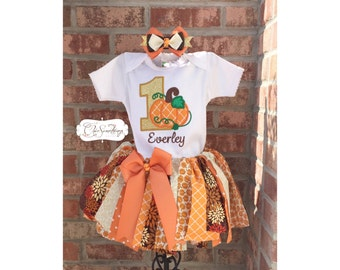 Pumpkin tutu, fabric tutu, first birthday pumpkin tutu, fall birthday tutu, pumpkin shirt, orange gold pumpkin outfit, birthday pumpkin UD