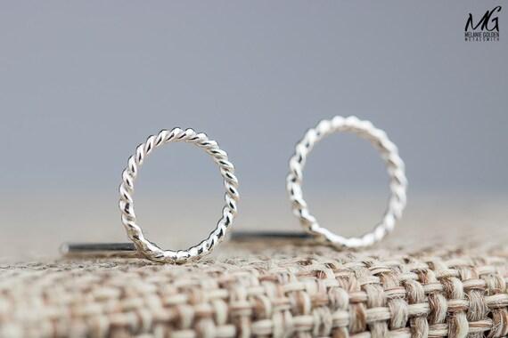 Silver Circle Earrings - Twisted twist rope post stud earrings - Tiny round Sterling Silver earrings - Simple minimal jewelry - Circle loop