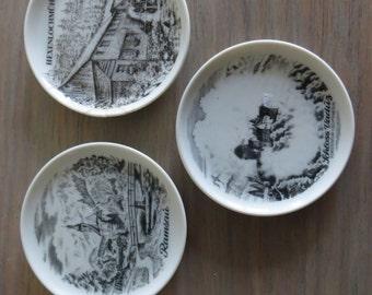Vintage set souvenier mini plates, Germany memoribilia, German porcelain, Ramsau, Liechtenstein Schloss Vaduz, set of 2, Silent Night Church