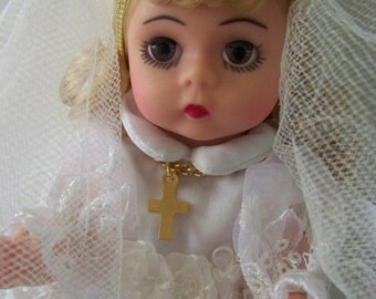 new first communion #11 madame alexander 8 in doll