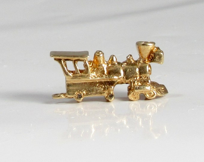 Choo-Choo Train Charm in 14 Karat Yellow Gold; Train Charm; Vintage Charm; Train Engine Charm; Charm Bracelet; Charm Necklace; Gold Charm