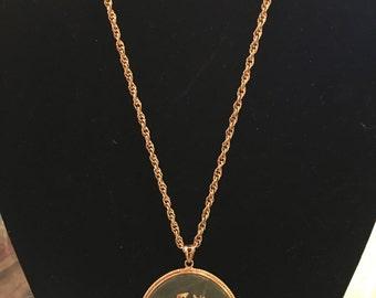 Asian Design 1970's Pendant Necklace
