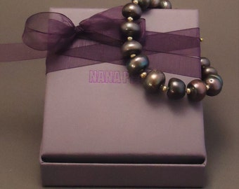 Bracelet with black freshwater pearls