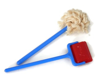 Miniature Mop and  Carpet Sweeper by Renwal Doll Furniture