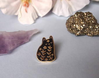 Floral cat enamel pin - Cat pin - Enamel pin - Enamel cat pin - I like cats - Cat lapel pin - Cat jewellery - Cat gifts - Cats - hard enamel