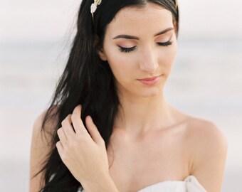 Gold Crown. Gold Bridal Crown. Gold Wedding Tiara. Bridal Hair Accessory {Alice}