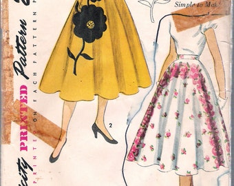 Vintage 1951 Simplicity 3560 Circular Skirt; Transfer Included Sewing Pattern Size Waist 24""