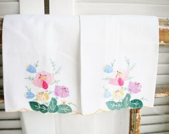 Vintage Tea Towels with Floral Embroidery/Rustic Wedding/Home Decor/ Curtain Project Set of Two