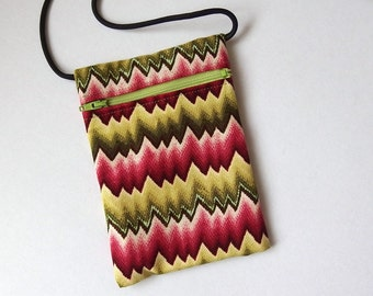 Pouch Zip Bag ZIGZAG Fabric. Great for walkers, markets, travel.  Cell Phone Pouch. Pink Green Small fabric purse. Bike Trike pouch.
