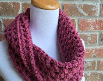 Knit Pink Infinity Scarf -Chunky Pink Scarf - Pink Knit Scarf - Pink Crochet Scarf - Crochet Infinity Scarf - Knit Infinity Scarf