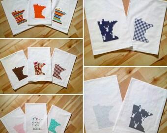 State Flour Sack Towel | Minnesota Dish Towel | Minnesota Flour Sack Towel | Housewarming Gift | State Pride Dish Towel