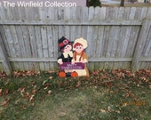 Thanksgiving Pilgrim Greeting Couple Wood Outdoor Yard Art, Lawn Ornament