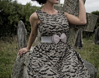 1950's Style Bats Dress, Rockabilly Dress, Vintage Clothing, Vintage Dress, Retro Clothing, Retro Print, 50s Dress, Halloween