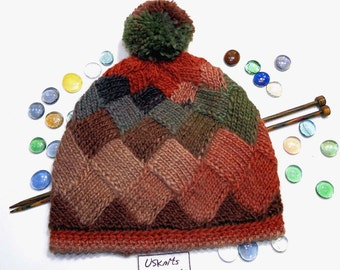 Women winter hat, knit woman hat, gift for women, gift for her, outdoors gift, entrelac knitting, hat with pom pom, gift for girlfriend