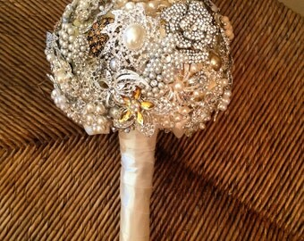 Custom Made To Order Brooch Jewelry Bouquet Alternative Bouquet