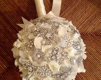 Pearl Rhinestone Ivory Brooch Bouquet | Extra Large Brooch Bouquet | Gatsby Style Bouquet |