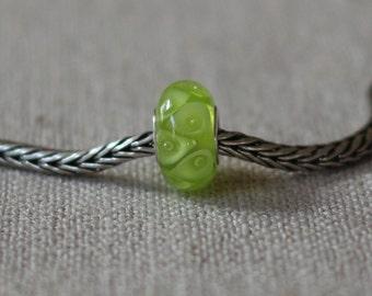 Lime calla bead