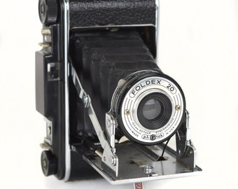 Vintage 1950s Pho-Tak Foldex 20 Folding Bellows Camera, Very Good Condition