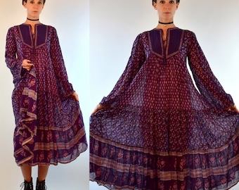 Vintage 1970s INDIAN GAUZE 100% Cotton Sheer Bohemian Dress. Hippie Gypsy Boho Festival Floral Print Bell Sleeve Purple Extra Small - Medium