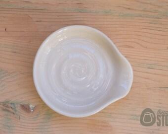 Spoon Rest - Cream Stoneware - White Ceramic Kitchen Accessory
