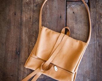 soft leather purse, small zipper closure purse, underarm leather purse, deer tanned leather purse, soft leather slouch purse