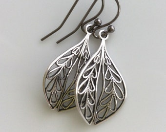 Silver Filigree Earrings  Bohemian Earrings  Filigree Leaf Earrings  Small Dangle Earrings  Boho Earrings  Gypsy Dangles
