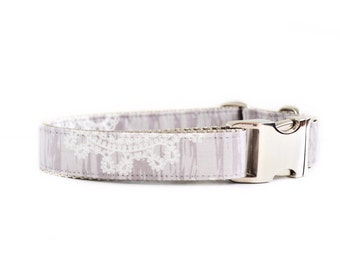 Lace Woodgrain Dog Collar - Taupe, and White Lace-Effect Wedding Dog Collar with Metal Hardware