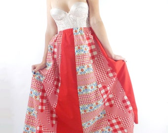 Vintage 70s High-Waist Checkered Floral Print Maxi Skirt -- Size Small/Medium