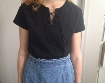 VINTAGE 1990s 90s LACE UP black top small medium large