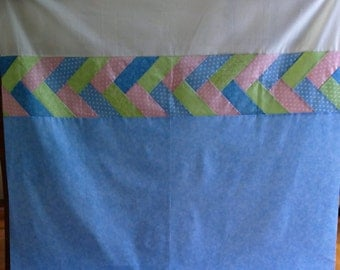 Unfinished Quilt Top Ready to Quilt Lap Throw Baby Quilt Blanket Pastel pink blue green