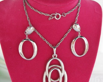 Beautiful Brushed Silver Big Loops TRIFARI Signed Demi Parure, Necklace & Vintage  Clip Earrings, Ovals