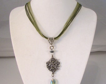 Victorian Ladies Moss Green 16in Tricord Ribbon Necklace (N181)