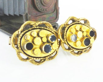 Gatsby Wedding. Groom cufflinks. Elegant and unique black glass and gilded gold cufflinks with raised dot design & chain frame.