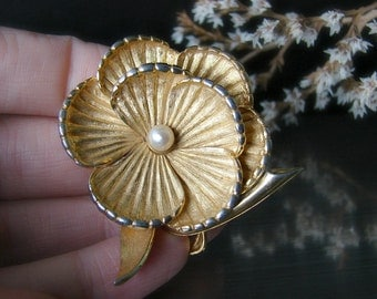 Boucher brooch Large flower pin Boucher pin Swirl flower Tiny pearl brooch Mothers day pin Gold flower pin Large brooch Anniversary gift
