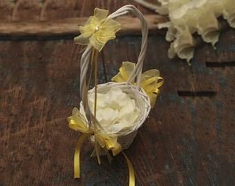 Flower Girl Basket - Light Yellow - (All Colours Available) - Flower Girl Basket - Wedding Flower Girl