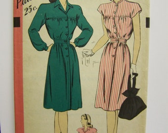 Vintage 1940s HOLLYWOOD 1544 One-Piece DRESS Size 12 bust 33 UNUSED