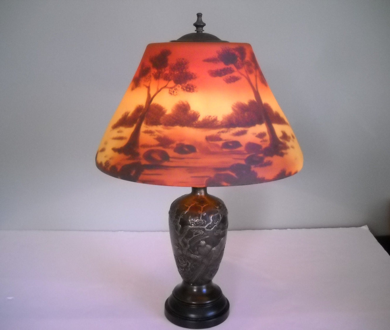 Reverse Painted Outdoor Scenery Lamp