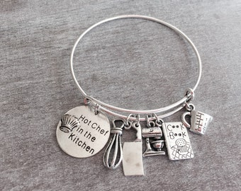 Silver Plated Charm Bracelet, Chef Bangle, Female Chef, Chef Gift, Cook, Baker, cooking school, Expandable, Bangle Bracelet