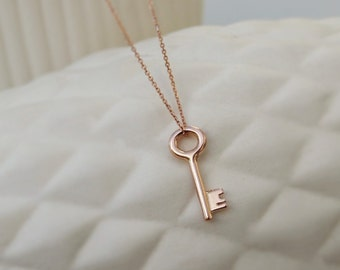 9ct rose gold small key pendant - 9k gold - red gold - rose gold pendant - key charm - Charm necklace - Gold key pendant