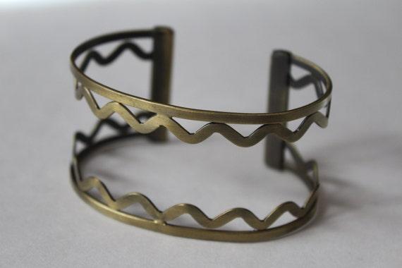 Cuff Bracelet, Gold Cuff, Metal Bracelet, 7 inch, Jewelry Making, Bracelet Component