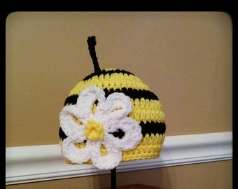 Crochet Bumble Bee hat. Bumble Bee beanie with flower. Handmade.