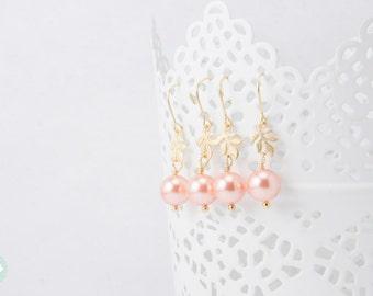 Pearl earrings, dangle earrings,leaf earrings, gold dangle earrings, gold earrings, earrings, cute earrings, Swarovski earrings, leaf dangle