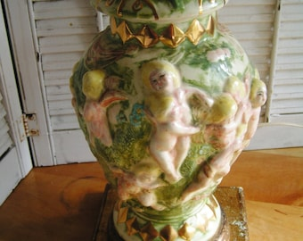 Vintage Cherubs Made in Italy Italian Porcelain Table Lamp Capodimonte Garden of Eden Rococo Lamp Works Great